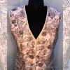 kz1-573 Национальная одежда: Жилетка женская стеганая, хлопчатобумажное полотно, 1 шт